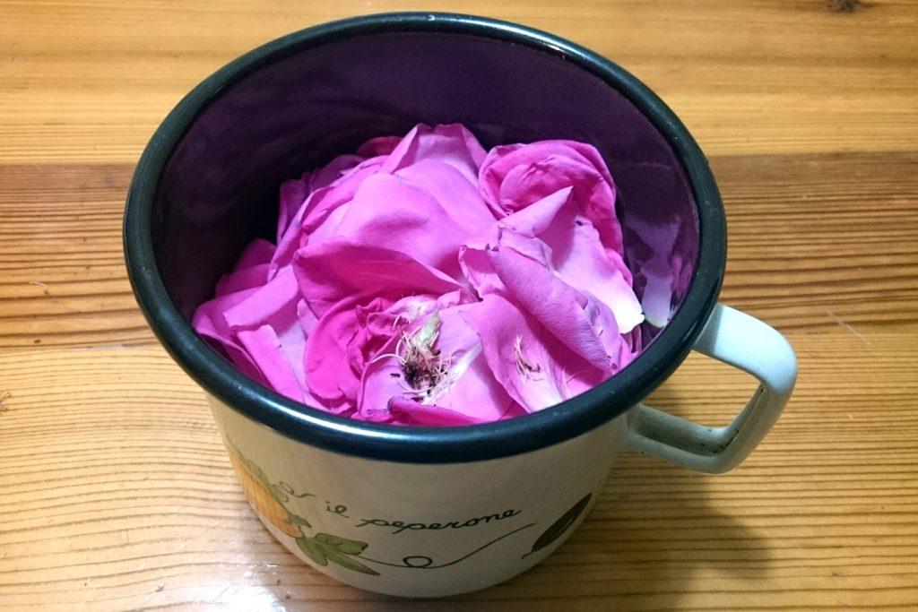 rose water diy homemade fresh recipe at home