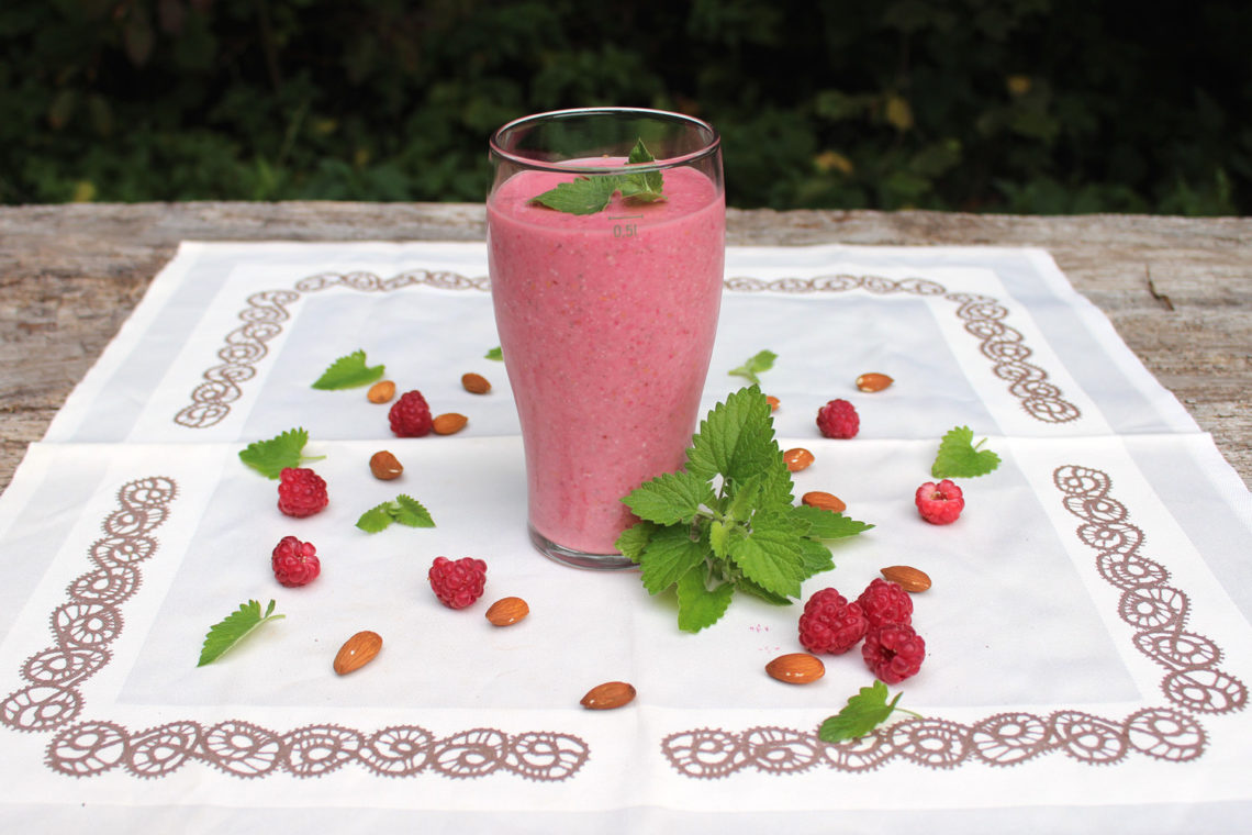 Raspberry Mint Smoothie