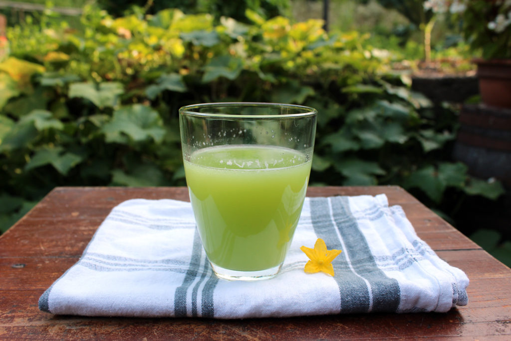 homemade cucumber water recipe
