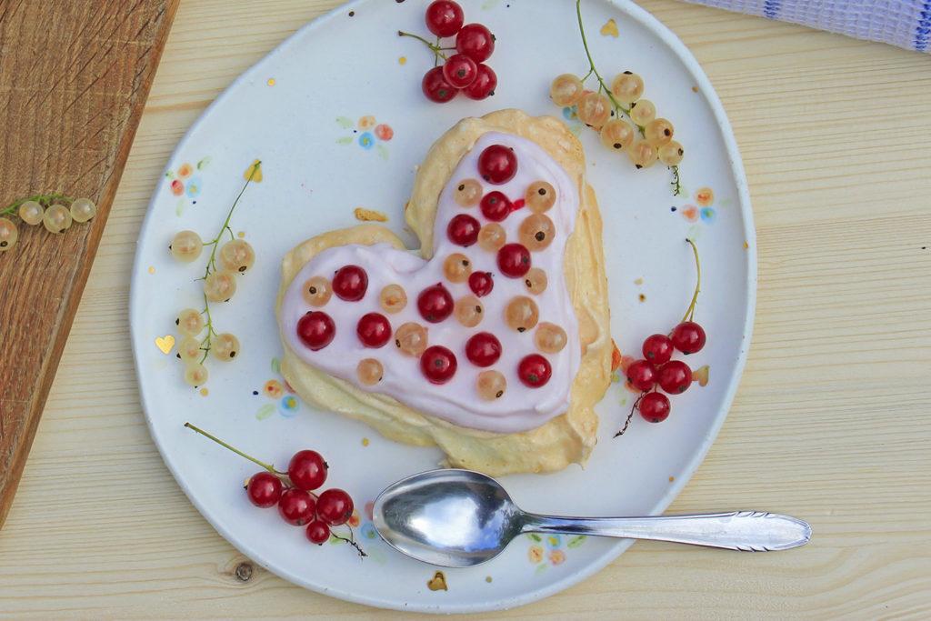 pavlova cake currant recipe gluten free